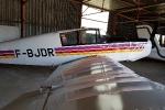 F-BJDR dans le hangar de l'Aéroclub de l'Ouest Lyonnais à Brindas